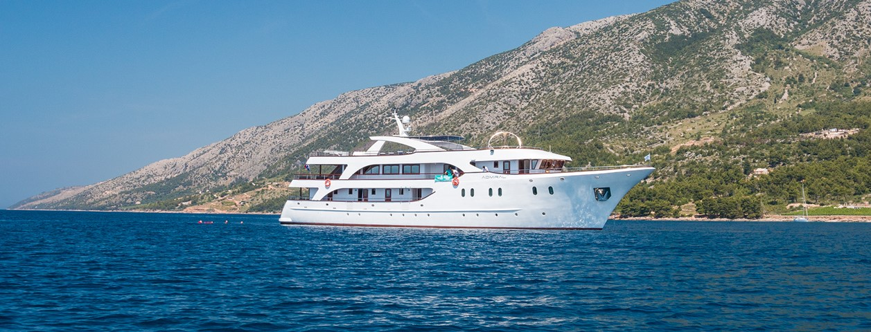 Croatian Deluxe Ships, the ship servicing Croatian Islands Luxury cruise