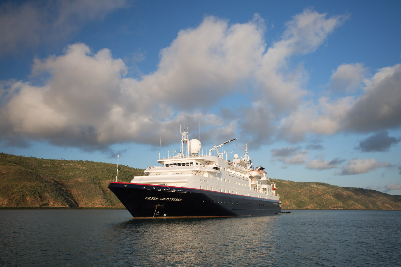 Silver Discoverer, the ship servicing Pearls of the Coral Sea