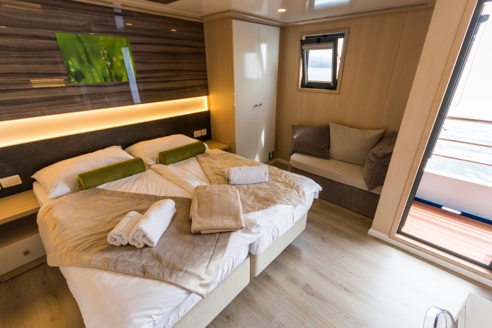 VIP cabin on Infinity